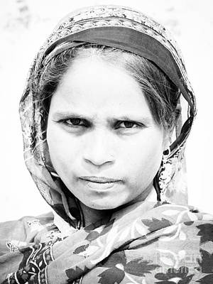 Photograph - Varanasi Girl II by Derek Selander