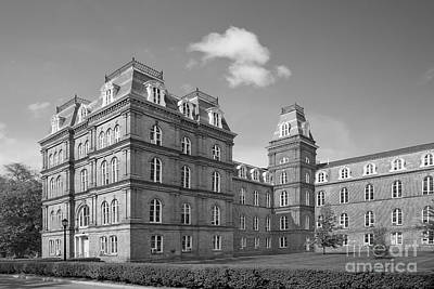 Poughkeepsie Photograph - Vassar College Main Building by University Icons