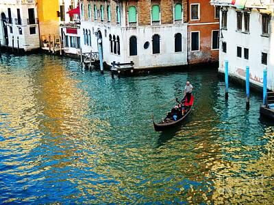 Piazza San Marco Photograph - Venetian Gondola by Phillip Allen