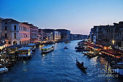 Ponte Rialto Photograph - Venezia - Il Gran Canale by Carlos Alkmin