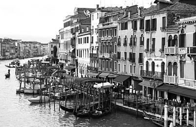 Venezia In Black And White Art Print by John Rizzuto