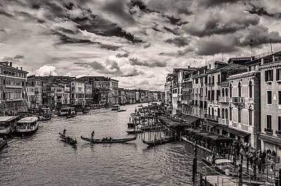 Venedig Photograph - Venice 07 by Tom Uhlenberg