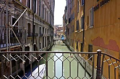Photograph - Venice-241 by Rezzan Erguvan-Onal