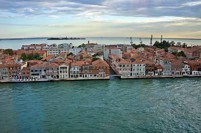 Photograph - Venice-246 by Rezzan Erguvan-Onal