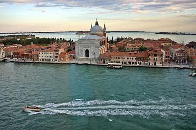 Photograph - Venice-250 by Rezzan Erguvan-Onal