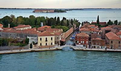 Photograph - Venice-251 by Rezzan Erguvan-Onal