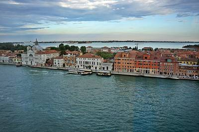 Photograph - Venice-253 by Rezzan Erguvan-Onal