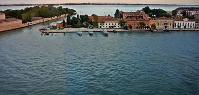 Photograph - Venice-257 by Rezzan Erguvan-Onal