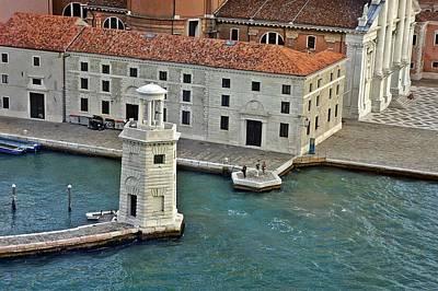Photograph - Venice-260 by Rezzan Erguvan-Onal