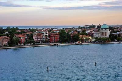 Photograph - Venice-269 by Rezzan Erguvan-Onal