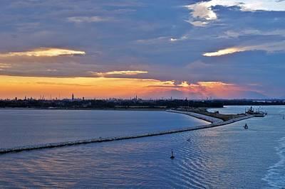 Photograph - Venice-273 by Rezzan Erguvan-Onal