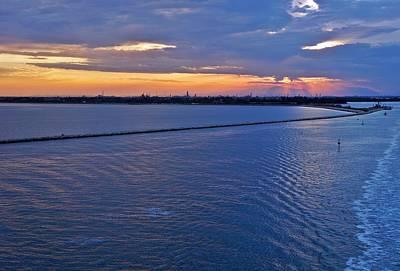 Photograph - Venice-274 by Rezzan Erguvan-Onal