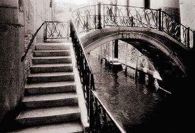 Photograph - Venice Bridge by Arkady Kunysz