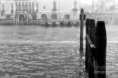 Photograph - Venice Canal Dimensions by John Rizzuto