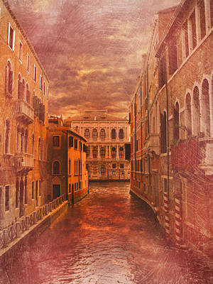 Evening Scenes Photograph - Venice Canal by Toma Bonciu