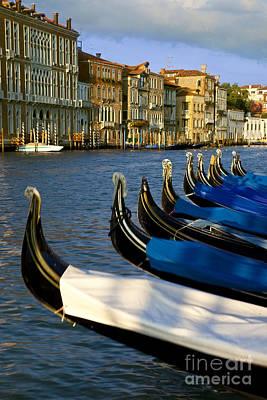 Romance Renaissance Photograph - Venice Italy by Brian Jannsen