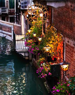 Photograph - Venice Italy Tratoria by Gigi Ebert