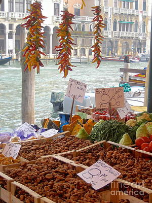 Photograph - Venice Market by Suzanne Oesterling