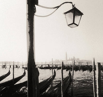 Photograph - Venice Morning by Arkady Kunysz