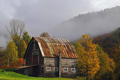 Vermont Photograph - Vermont Autumn Barn by Joseph Rossbach