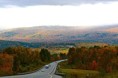 Photograph - Vermont Autumn Sunbreak by Tana Reiff