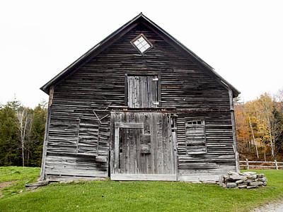 Photograph - Old Vermont Barn Near Stowe by Charles Harden