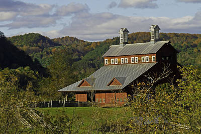 Photograph - Vermont Barn by David Freuthal