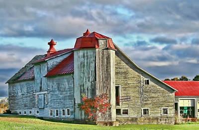 Red Roof Photograph - Vermont Rustic Beauty by Deborah Benoit