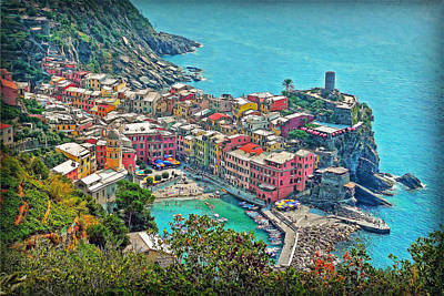 Photograph - Vernazza by Hanny Heim