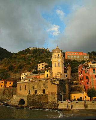 Photograph - Vernazza Sunset by John Bushnell