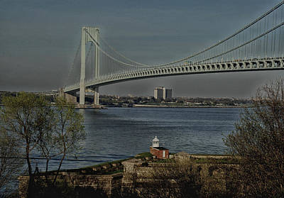 Verrazano Bridge And Fort Wadsworth Art Print