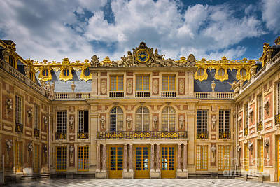 Versailles Photograph - Versailles Courtyard by Inge Johnsson