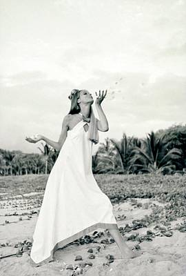Baba Photograph - Veruschka Wearing A Baba Dress by Franco Rubartelli