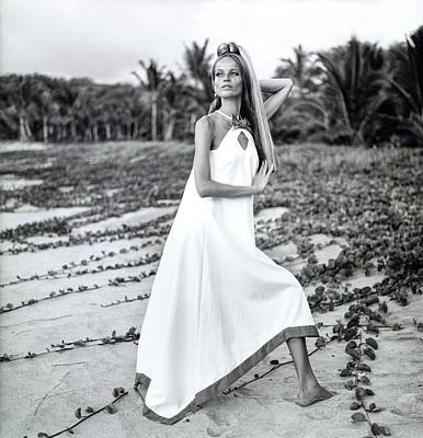 Baba Photograph - Veruschka Wearing A Baba Kea Dress by Franco Rubartelli