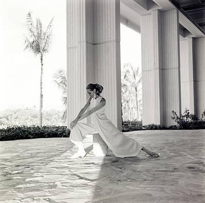 Mauna Kea Photograph - Veruschka Wearing Oscar De La Renta Pajamas by Franco Rubartelli