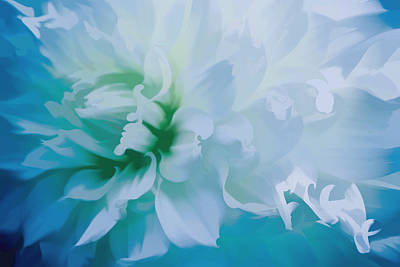Mixed Media - Very Dreamy by Trish Tritz