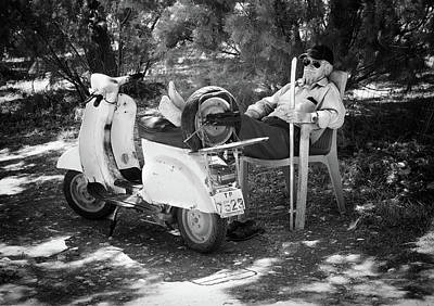 Scooters Photograph - Vespa A Riposo by Pete Richardson