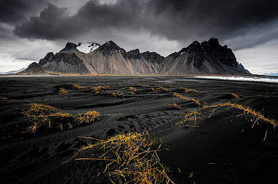 Iceland Wall Art - Photograph - Vestrahorn by Jeff Moreau