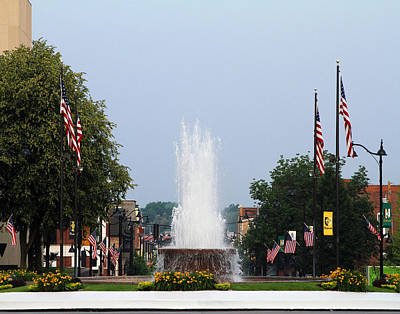 Veterans Memorial Fountain Belleville Illinois Art Print