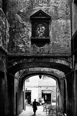 Photograph - Via Dei Pontani by Fabrizio Troiani