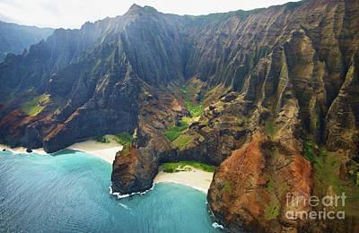 Photograph - Vibrant Na Pali Coast by Kicka Witte