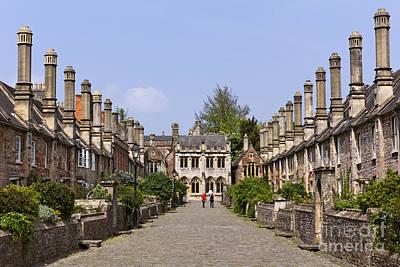 Vicars Close Photograph - Vicars Close Wells Somerset by Robert Preston