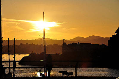 Digital Art - Victoria Harbor Sunset 1 by Kirt Tisdale