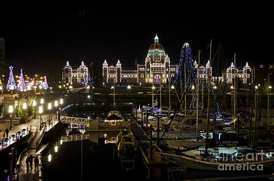 Photograph - Victoria Harbour At Christmas by Maria Janicki