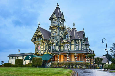Victorian - The Carson Mansion Is One Of The Most Notable Examples Of Victorian Architecture. Art Print by Jamie Pham