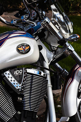 Photograph - Victory 100 Cubic Inches by Ed Gleichman