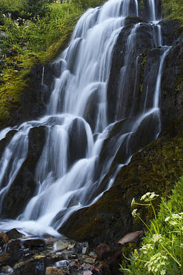 Photograph - Vidae Falls 4 by Lee Kirchhevel