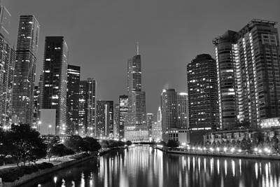 Phillies. Philadelphia Photograph - View Down The Chicago River by Frozen in Time Fine Art Photography