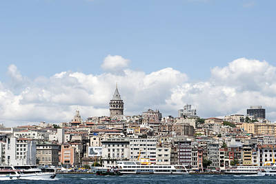 Skylines Wall Art - Photograph - View Of Istanbul by Ernesto Cinquepalmi