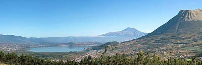 View Of Lago Del San Pablo And Imbabura Art Print
